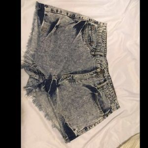 High wasted shorts